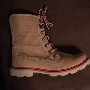 """Roxy """"Mountain Waves"""" Boots"""